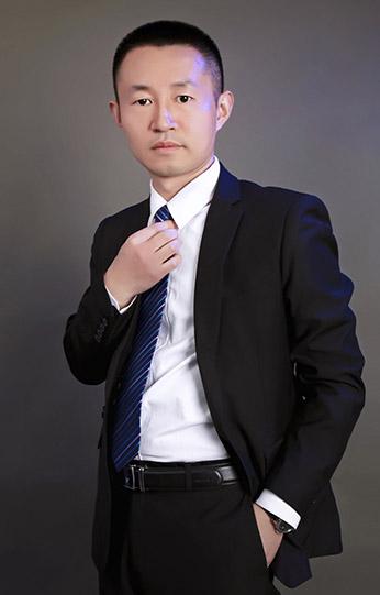 YIMING | 王艺鸣
